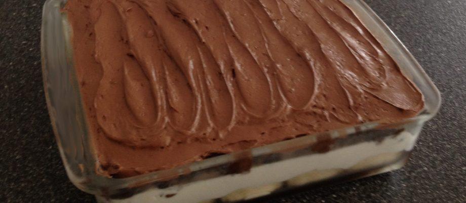 Easy and Delicious Ice Cream Cake