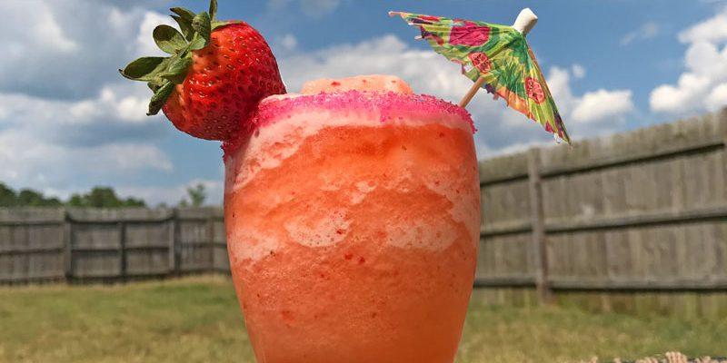 Strawberry Lemonade Mocktail – Kid-friendly Refreshment